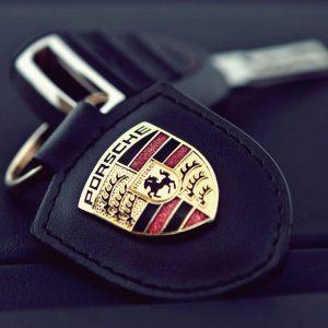 Вскрытие замков автомобиля Porsche
