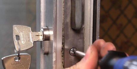 Ремонт дверных замков в Витебске