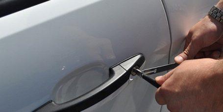 Не открывается дверь автомобиля в Витебске