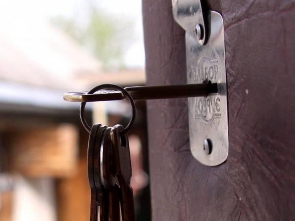 Ремонт дверных замков в Речице